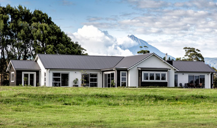 house built with taranaki mountain view in new plymouth